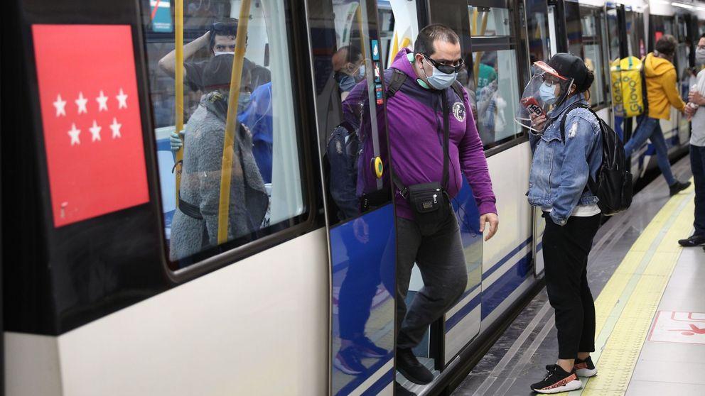 Madrid prohíbe comer en el Metro y en autobuses interurbanos por el covid-19