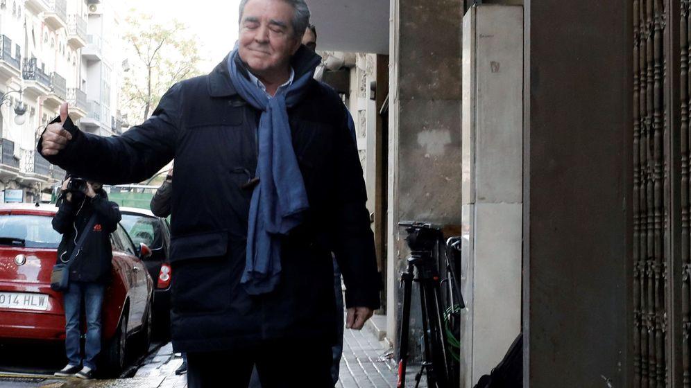 Foto: El cuñado de Barberá, cuando fue detenido por agentes de la UCO en Valencia. (EFE)