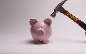 Un último tijeretazo con el que rematar el año: seis bancos rebajan el tipo de sus depósitos