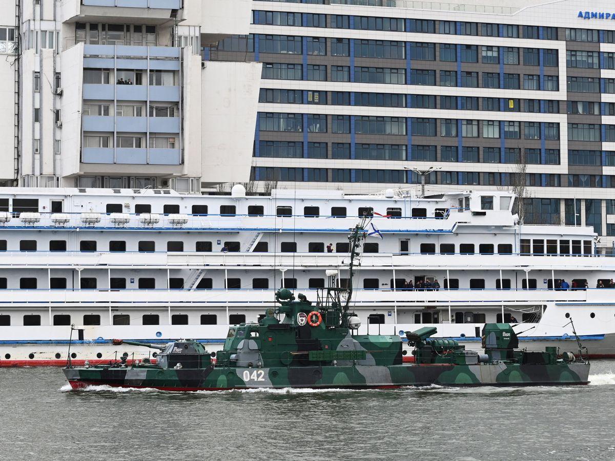 Foto: Cañonero de la Armada Rusa en el río Don. (Reuters)