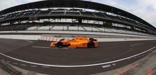 Post de Alonso 'saca la patita' como potencial aspirante al triunfo en las 500 Millas