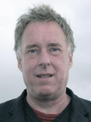 El periodista andy robinson analiza el foro de davos y su concentración de poder económico.