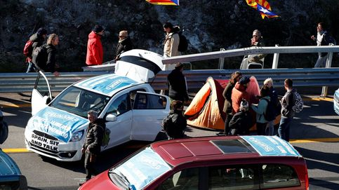 Detenido un transportista por intentar embestir a manifestantes independentistas