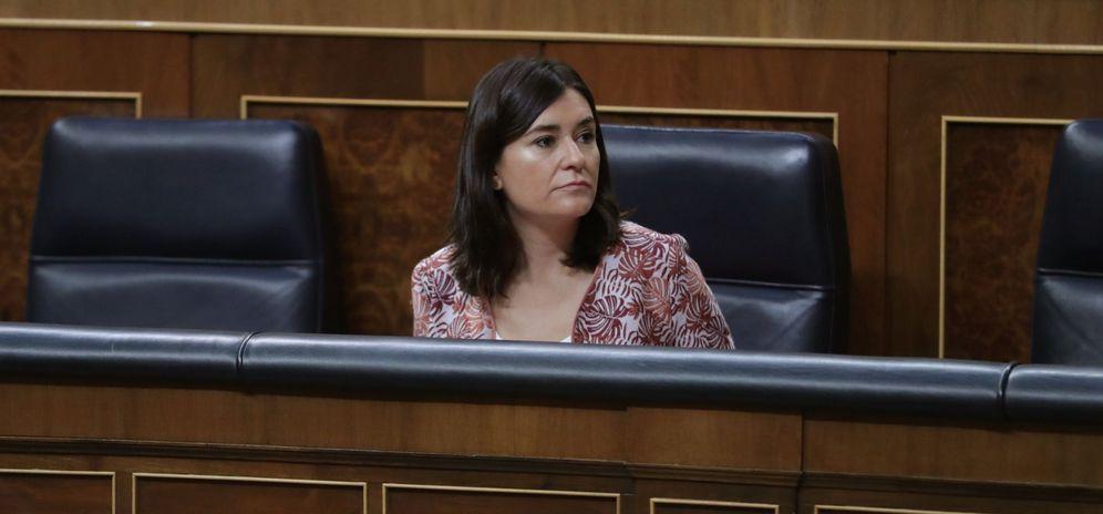 Foto: La ministra de Sanidad, Carmen Montón, el pasado 6 de septiembre en el Congreso. (EFE)