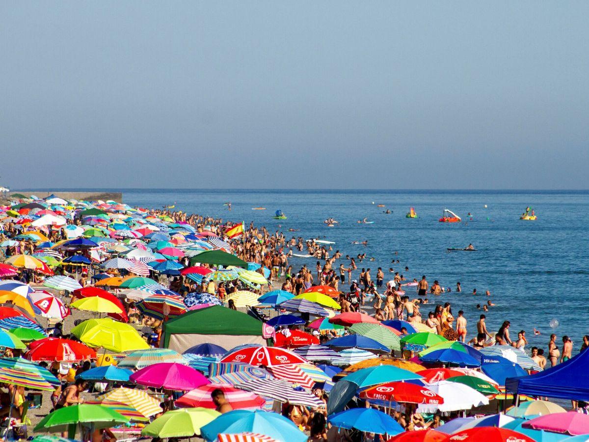 Foto: Playa de Salobreña, en Motril. (EFE)