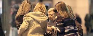 Foto: La princesa de Asturias firma autógrafos al estilo Hollywood