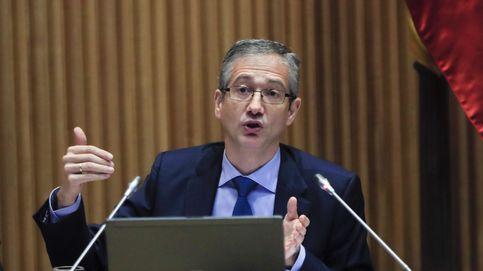 El Banco de España pide subir impuestos y priorizar el gasto para contener la deuda