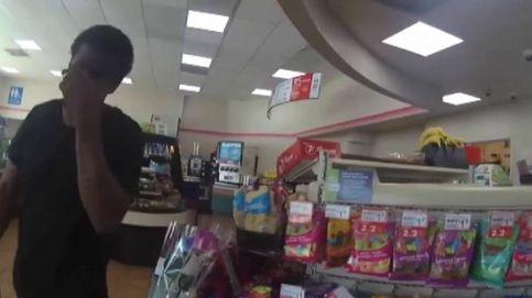 Terrible abuso policial en un supermercado de Estados Unidos