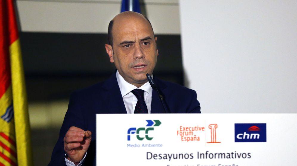 Foto: El alcalde de Alicante, Gabriel Echávarri, en un desayuno informativo en Madrid. (EFE)