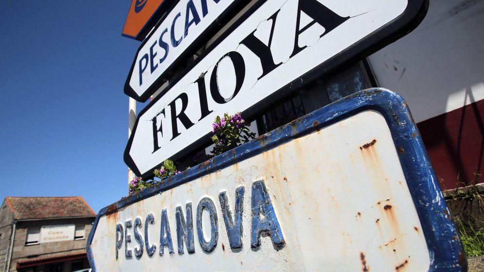 Foto: Señal hacia la factoría de la compañía en Chapela, Vigo. (REUTERS)