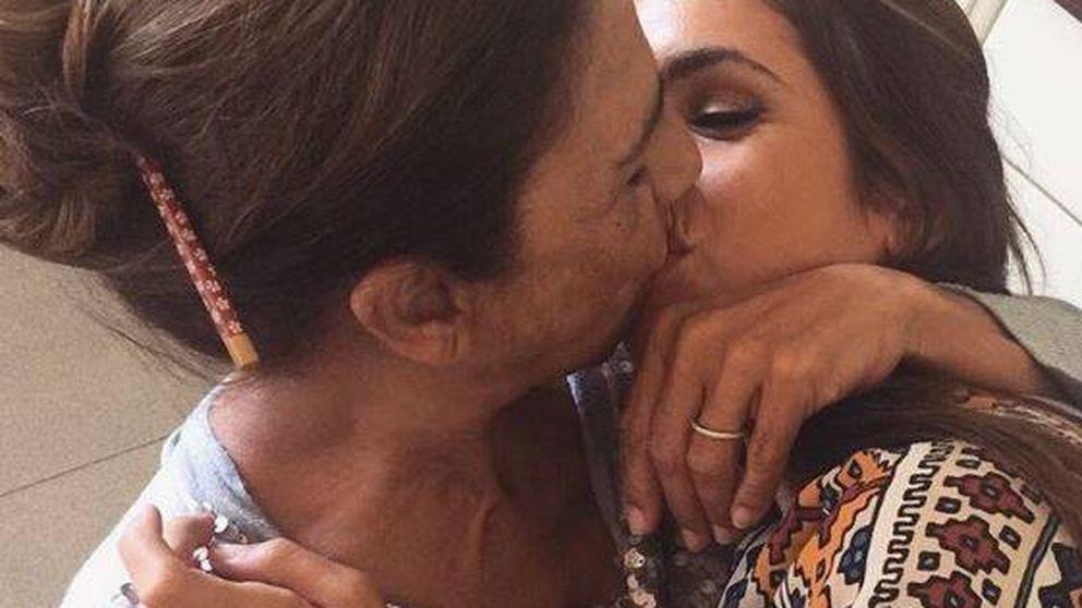 """""""Asquerosa, lesbianismo, incesto"""": las redes condenan el beso de Lolita y su hija"""