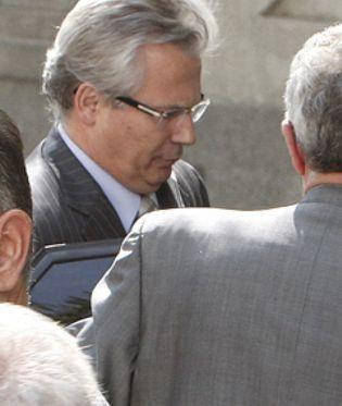 Foto: Garzón responde con silencio a las más de 150 preguntas lanzadas por sus querellantes