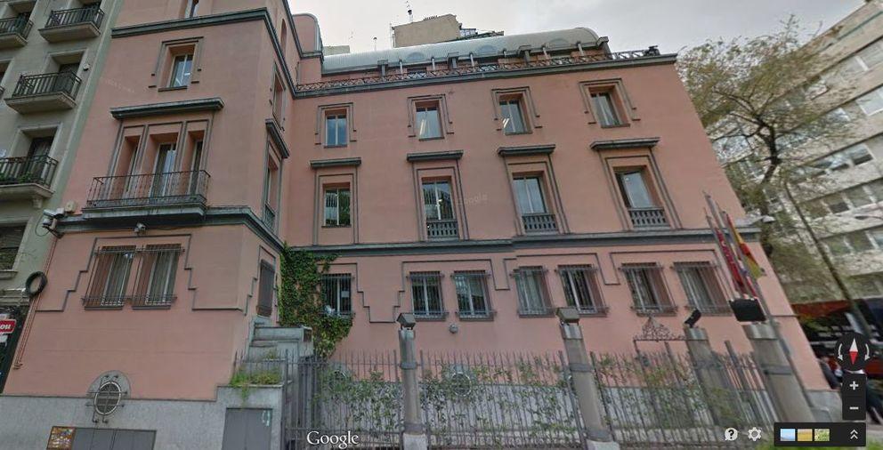 Madrid vende a los aguinaga un edificio junto a la for Edificio de la comunidad de madrid