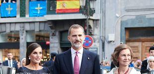 Post de 'God save Varela': el vestidazo de Letizia en los Princesa de Asturias, una obra de arte