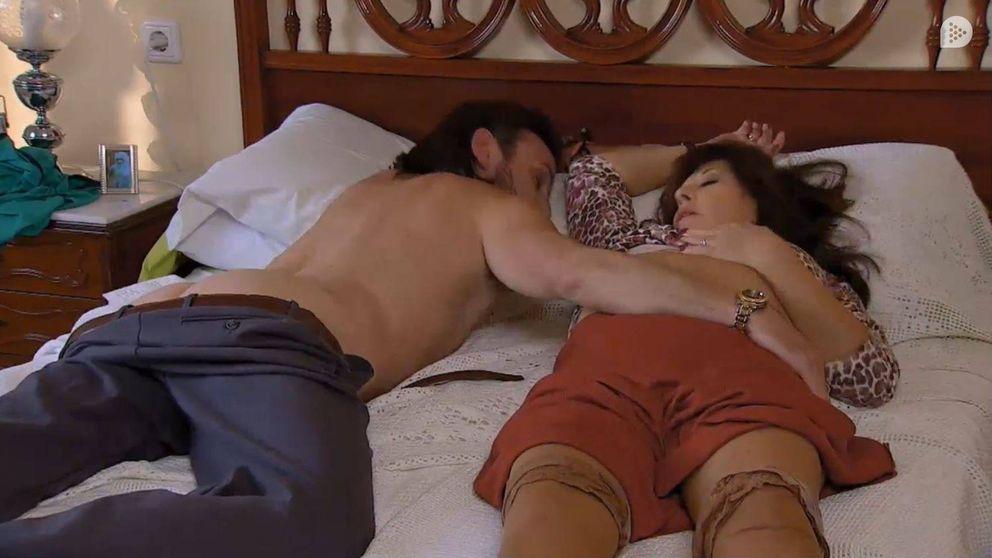 Fernando Tejero muestra su culo junto a Loles León en 'La que se avecina'