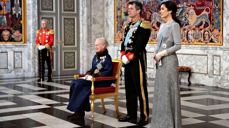 Margarita, Federico y Mary, en la recepción de Año Nuevo al cuerpo diplomático. (Reuters)