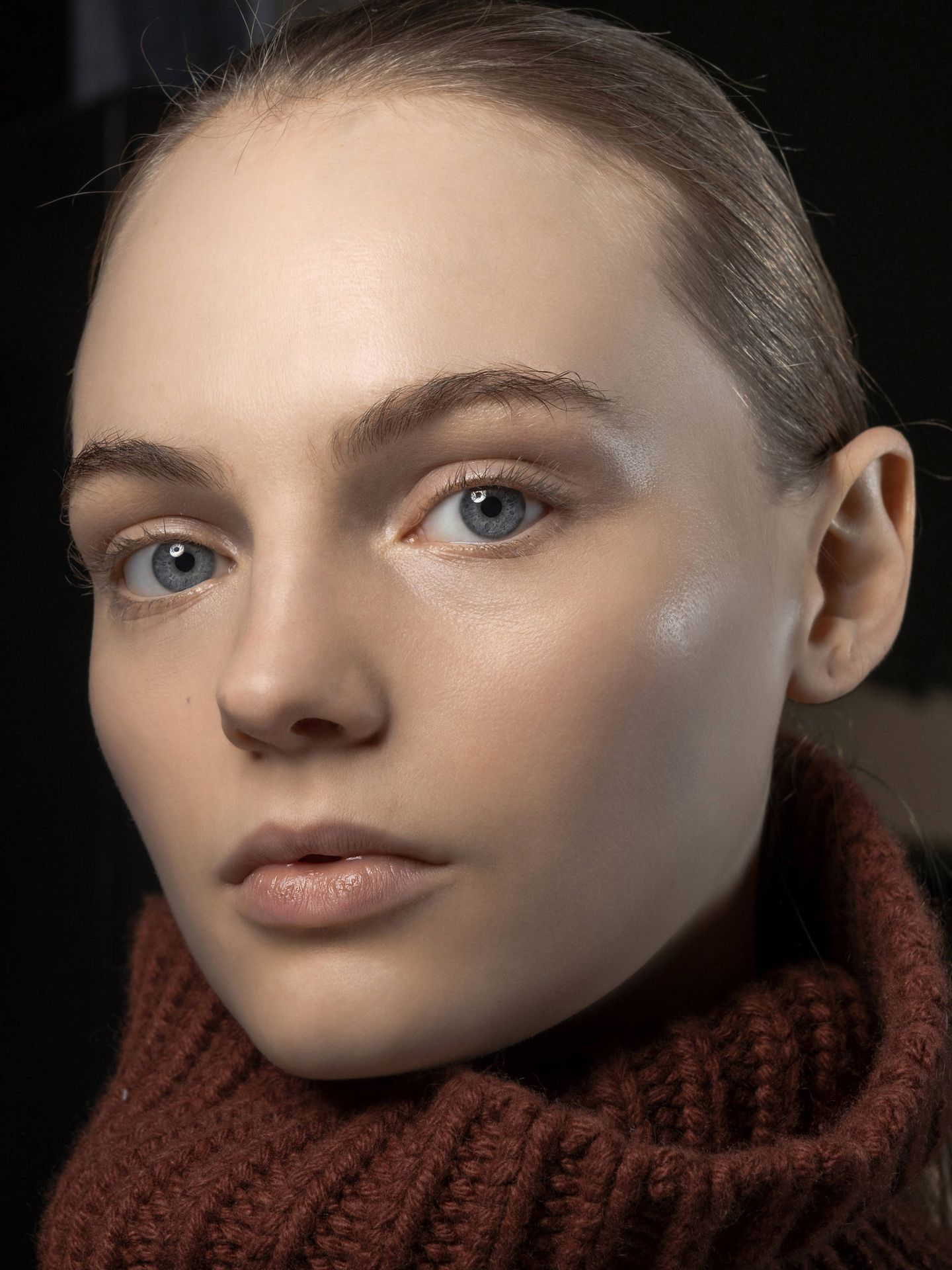 El multicleansing se posiciona como una alternativa a la doble limpieza de la piel. (Imaxtree)