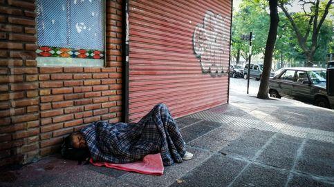 Granada cede un polideportivo para atender a personas sin hogar frente al coronavirus