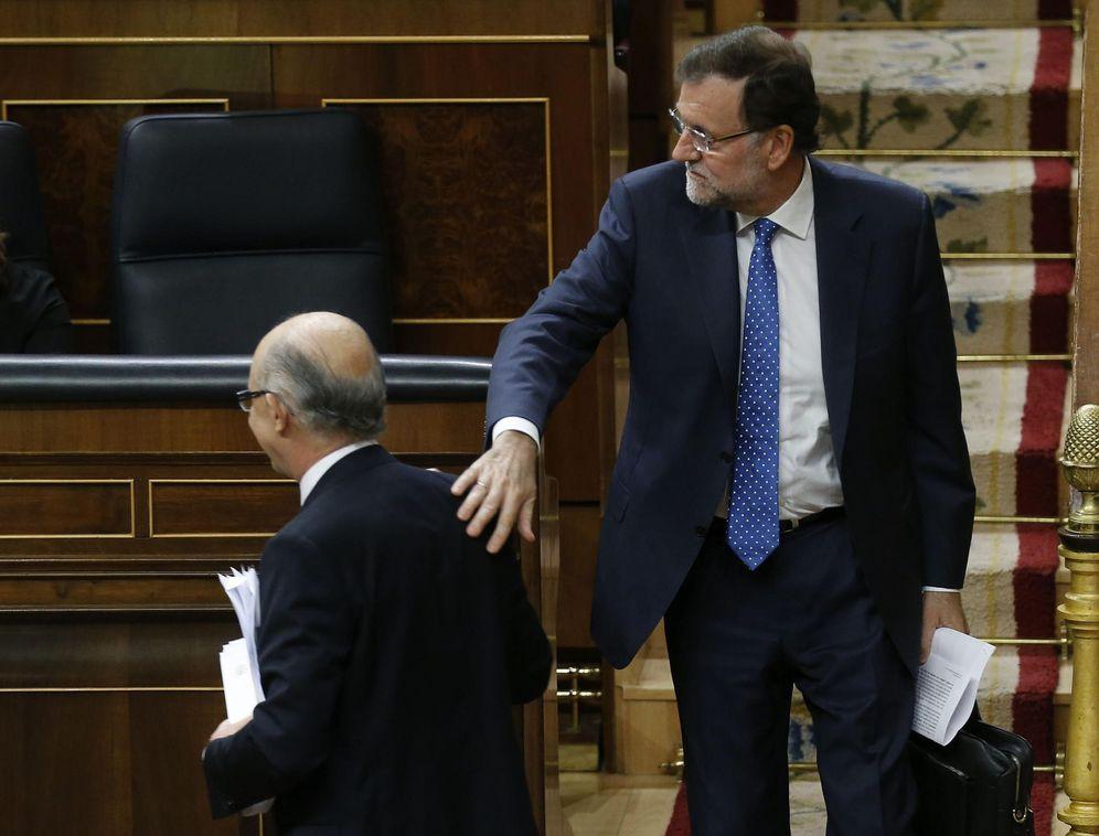 Foto: Rajoy y Montoro (EFE)