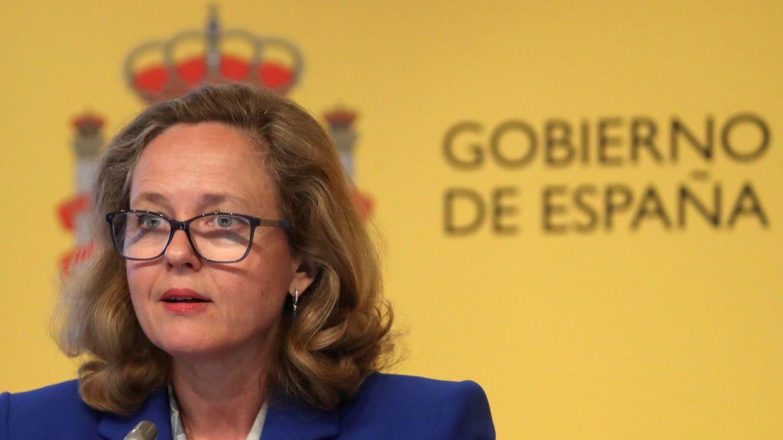 Foto: La ministra de Economía, Nadia Calviño, en una rueda de prensa. (EFE)