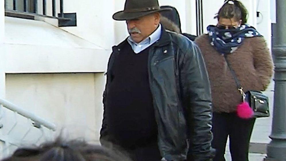 Foto: Manuel, padre de Bernardo Montoya, autor confeso del asesinato de Laura Luelmo. (EFE)