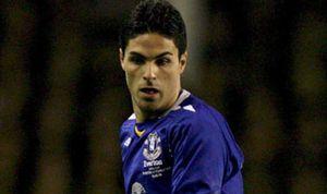 Arteta seguirá en el Everton