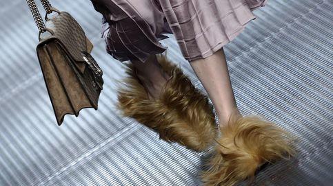 Salma Hayek acude al estreno de Alessandro Michele en la pasarela femenina de Gucci en Milán