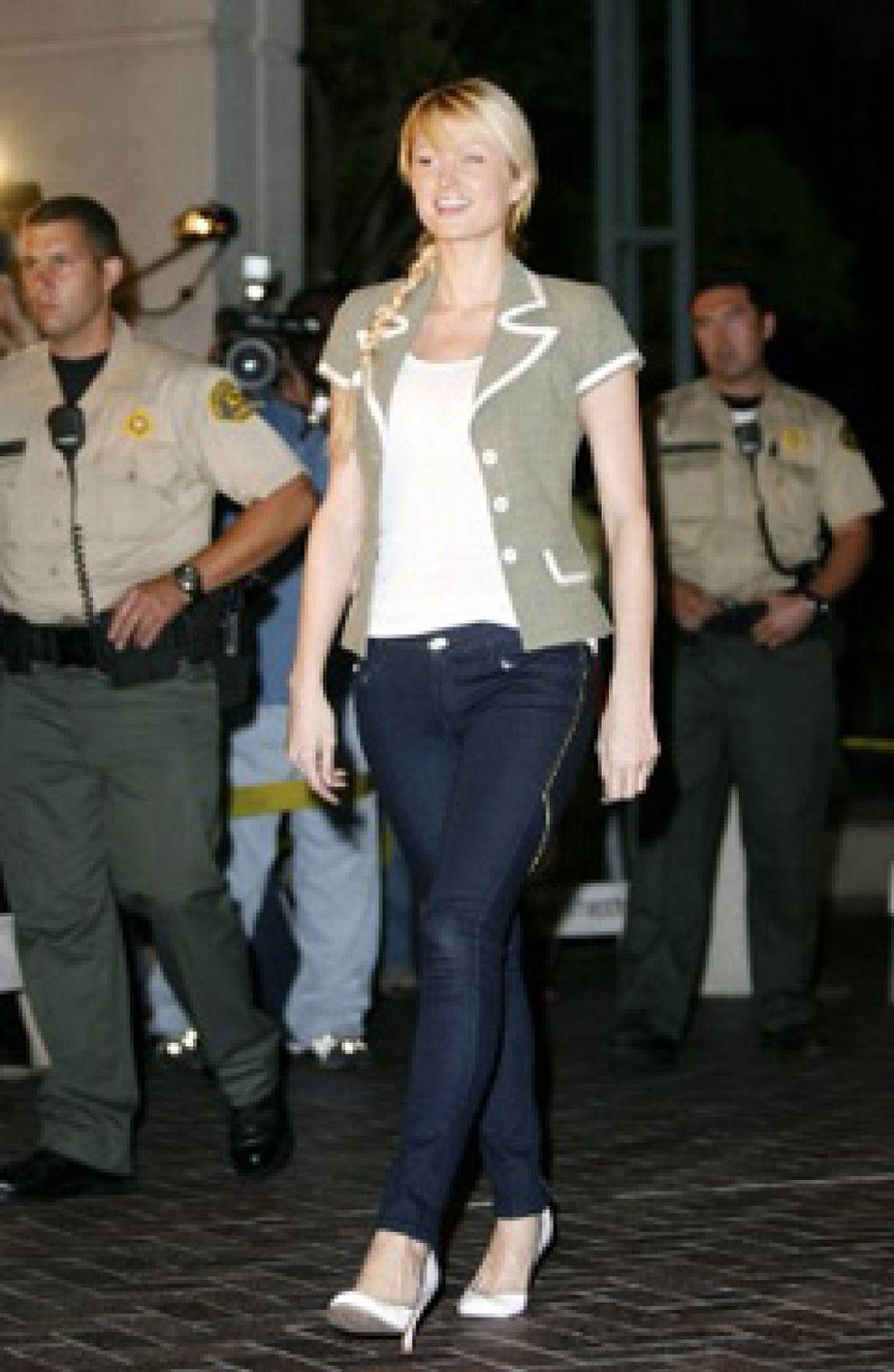 Foto: Paris Hilton sale de prisión tras pasar 22 días entre rejas