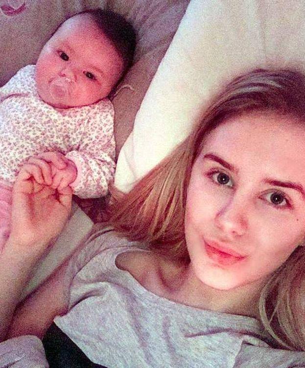Foto: Chloe y su hija. (MyLittleSunshineAndMe)