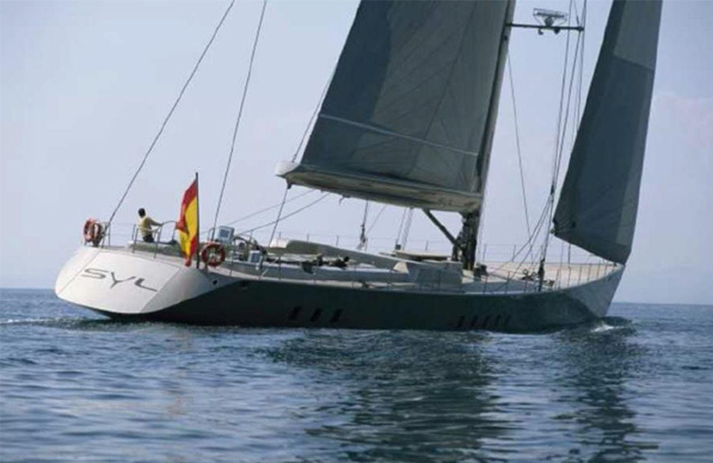 Foto: Así es el SYL, el lujoso velero que perteneció a Luis García Cereceda