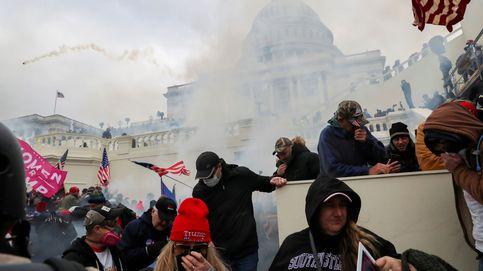 Seis agentes suspendidos y 29 investigados por su conducta en el asalto al Capitolio