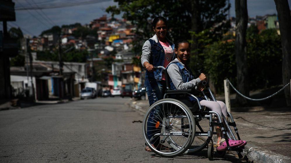 Foto: Lívia Vitória, de 13 años, una habitante de la favela Vila Andrade. (EFE)