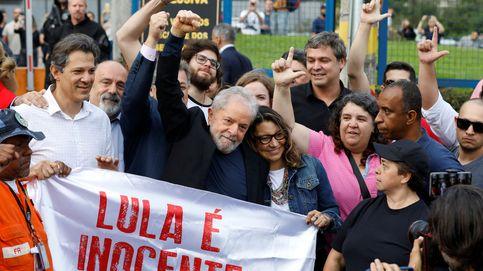 Lula sale de la cárcel un año y siete meses después