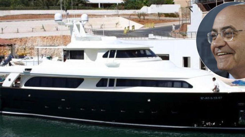 El yate de Díaz Ferrán llega a Marbella con su nuevo propietario