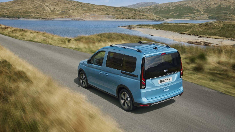 Podemos elegir entre el motor de gasolina 1.5 EcoBoost, de 114 CV, y dos mecánicas diésel 2.0 EcoBlue, con 102 y 122 CV.