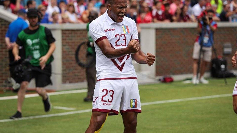 Rondón, uno de los jugadores que apoyó la entrada de ayuda humanitaria en Venezuela. (Prensa Vinotinto-FVF)