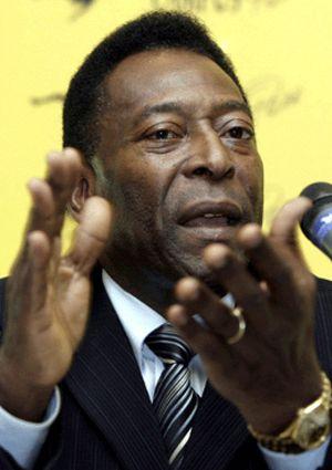 Pelé apuesta por el Barça en Liga