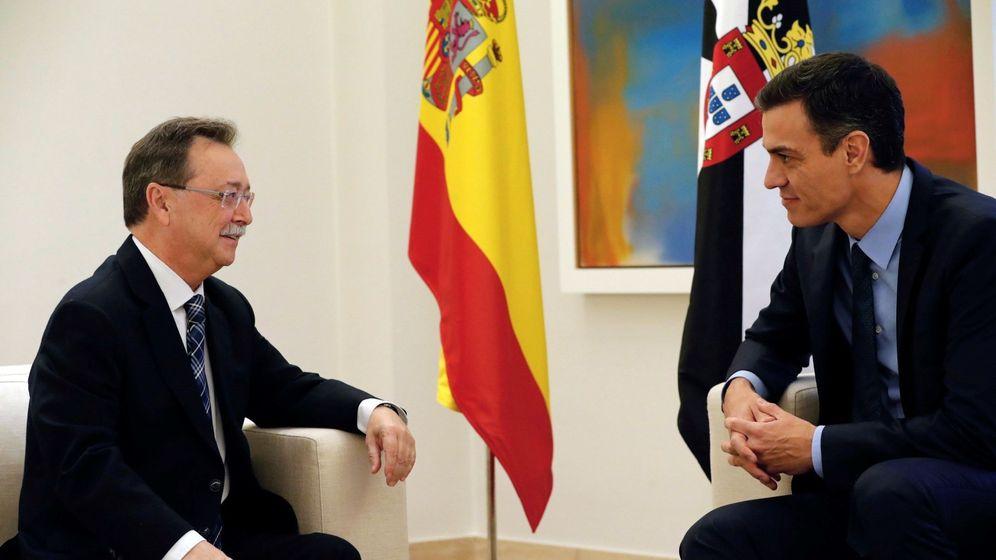 Foto: Pedro Sánchez, durante su reunión con el presidente de Ceuta