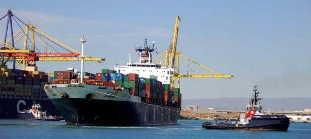 Foto: Un barco en el puerto de Valencia