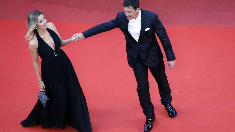 Antonio Banderas y Nicole Kimpel.  (Reuters)