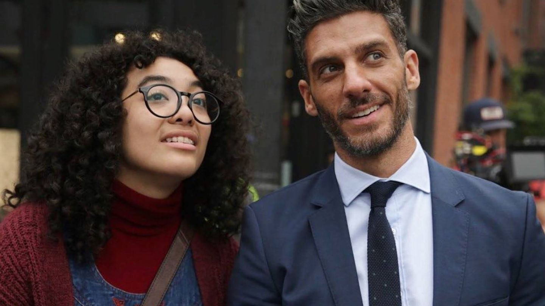 Elyfer Torres y Erick Elías, protagonistas de 'Betty en NY'. (Telemundo)