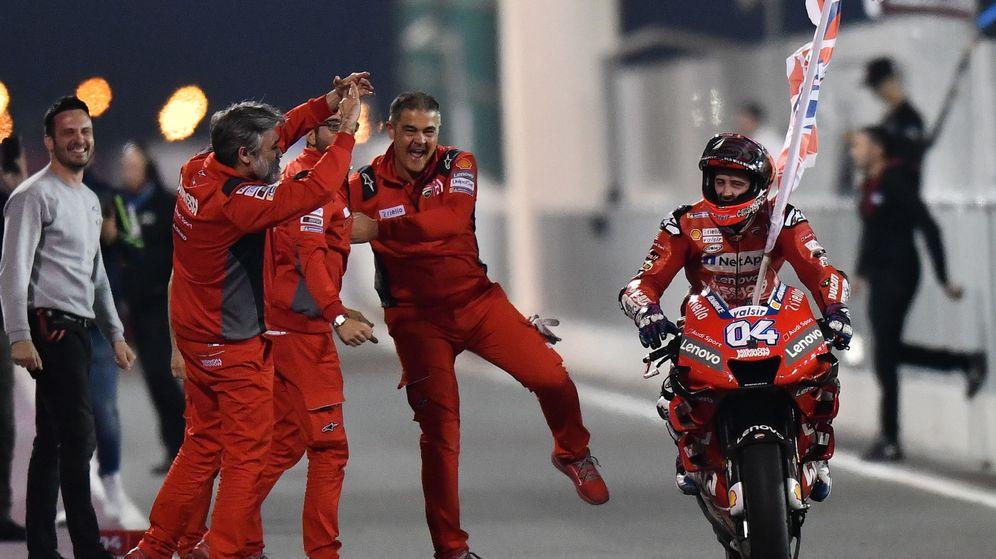 Foto: Doviziosos celebra su victoria en el GP de Qatar. (EFE