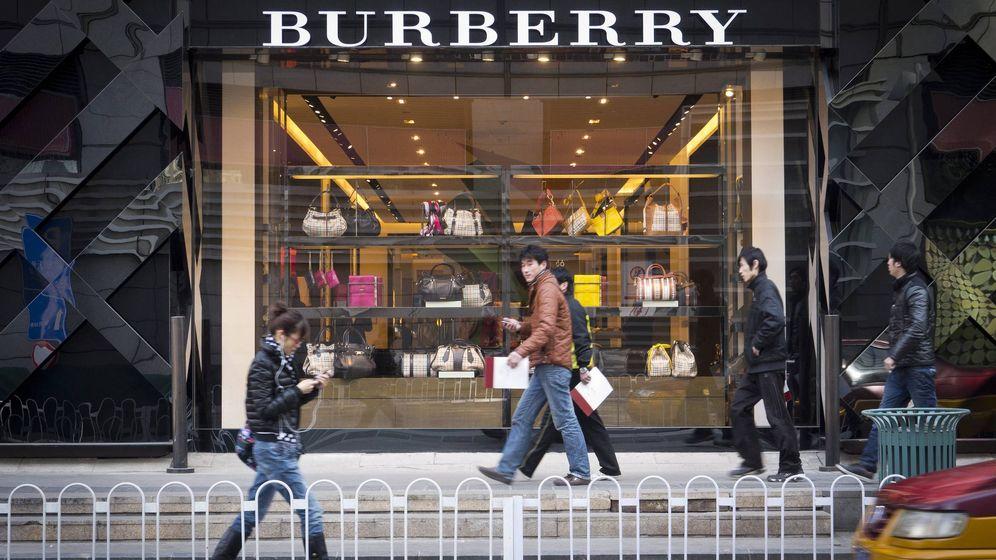 Foto: China es uno de los mayores consumidores de productos de lujo. Por este motivo cada vez hay mas tiendas dedicadas a este sector. (EFE)