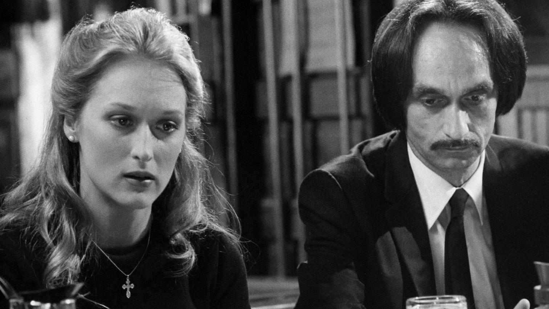 Meryl Streep y John Cazale, en 'El cazador'. (CP)