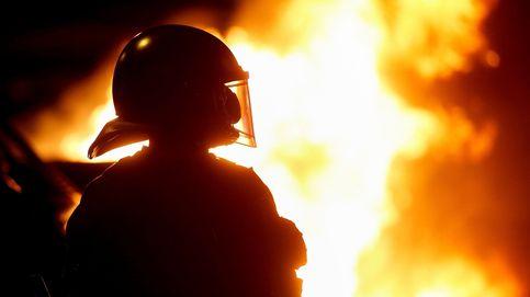 Los CDR vuelven a la calle por el 1-O entre contenedores ardiendo y cargas policiales