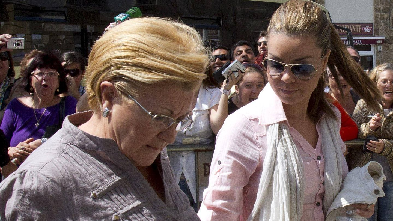 María José Campanario y su madre, Remedios Torres, en una imagen de archivo. (EFE)