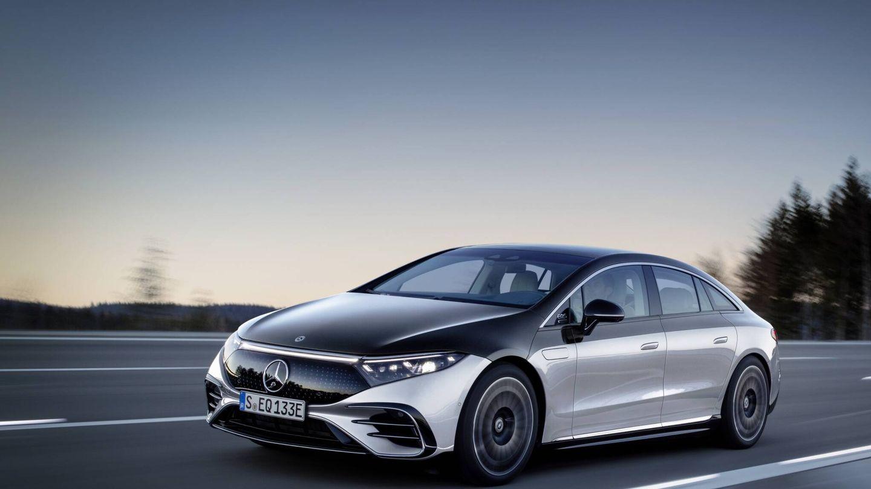 Del nuevo EQS cien por cien eléctrico se ofrecen las versiones 450+ y 580 4Matic, esta última con 524 caballos de potencia.