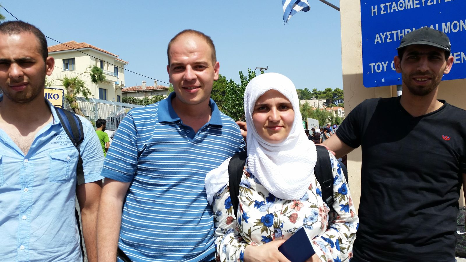 Foto: Los hermanos sirios Malaz y Sana, protagonistas de nuestra ruta con los refugiados (Foto: Pilar Cebrián).