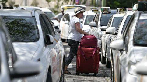 Sevilla restringe el acceso al centro histórico de Uber y Cabify en plena precampaña