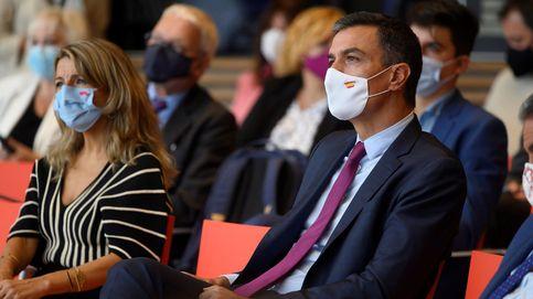 Sánchez defiende sacar instituciones de Madrid y Ayuso se revuelve